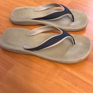0d0508d12496b7 Havaianas Shoes - Men s Havaianas Wave Sandals